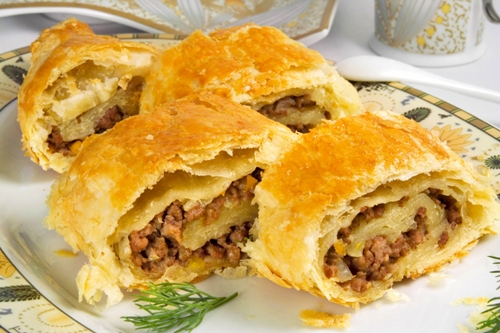 Ground meat pies